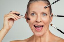 Maquillage: plaisir ou contrainte?